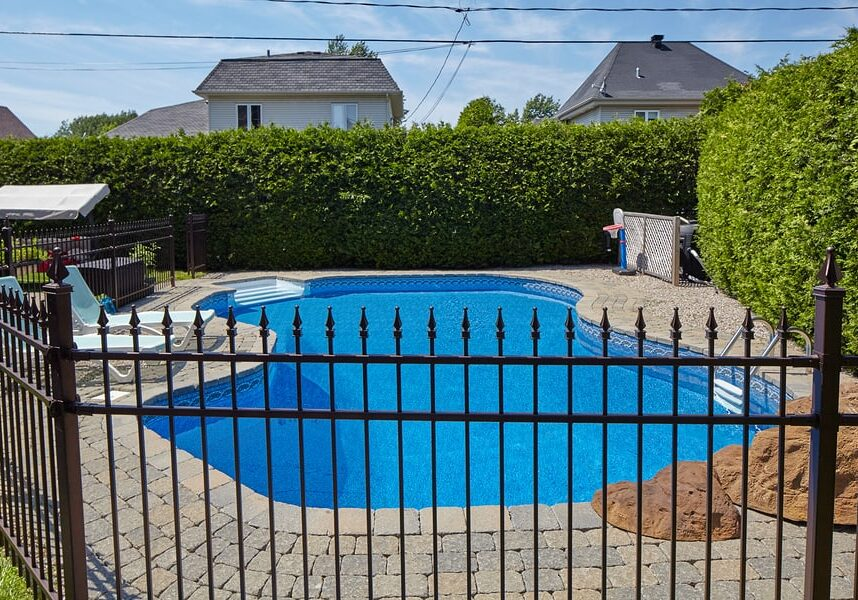 Privacy-and-Pool-Fencing